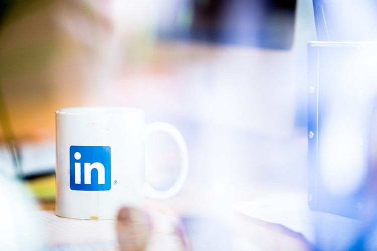 How to Add Certificates to LinkedIn?
