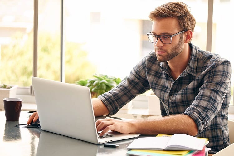 Why Concentrate on Email Courses?