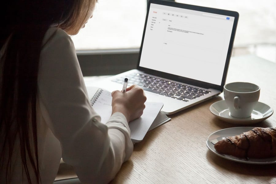 Do Email Courses Actually Work? Here's The Cold, Hard, Truth!